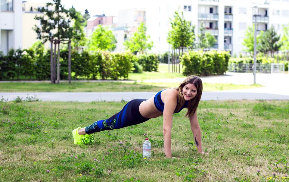 bea-la-panthere-fitness-blogger-lifestyle-blogger-fashion-blogger-food-blogger-blog-blogger-vegan-hamburg-muenchen-munich-germany-deutschland-bein:po-workout-5