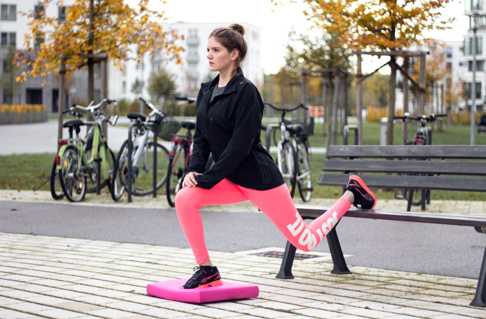 bea-la-panthere-fitness-blogger-lifestyle-blogger-fashion-blogger-food-blogger-blog-blogger-vegan-hamburg-muenchen-munich-germany-deutschland-airex-pad-gleichgewichtstraining-6