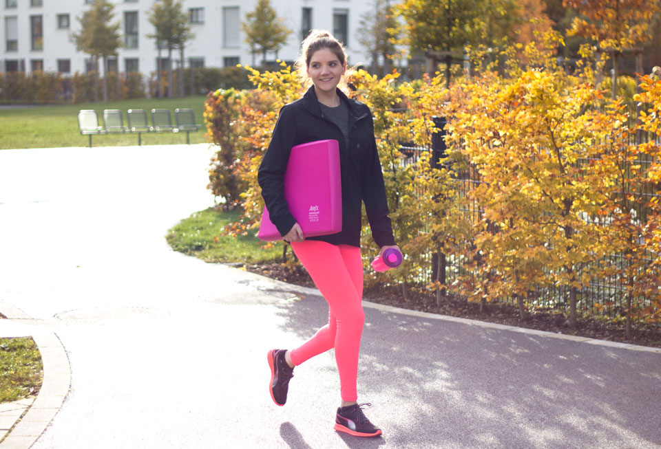 bea-la-panthere-fitness-blogger-lifestyle-blogger-fashion-blogger-food-blogger-blog-blogger-vegan-hamburg-muenchen-munich-germany-deutschland-airex-pad-gleichgewichtstraining-8