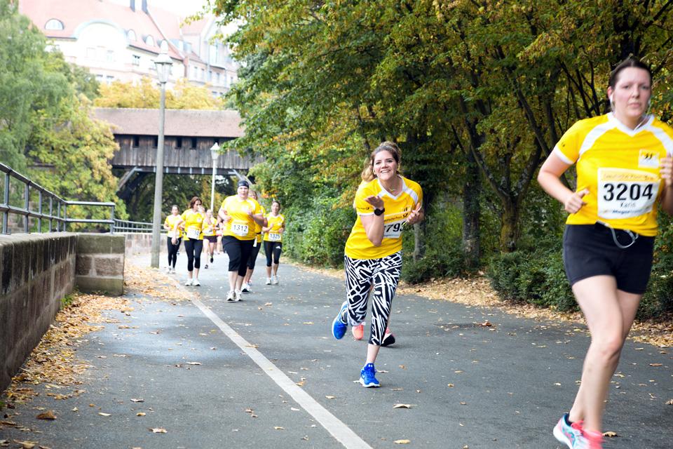 bea-la-panthere-fitness-lifestyle-blogger-blog-vegan-hamburg-muenchen-munich-germany-deutschland-garmin-shape-deutsche-post-ladies-run-nürnberg-5