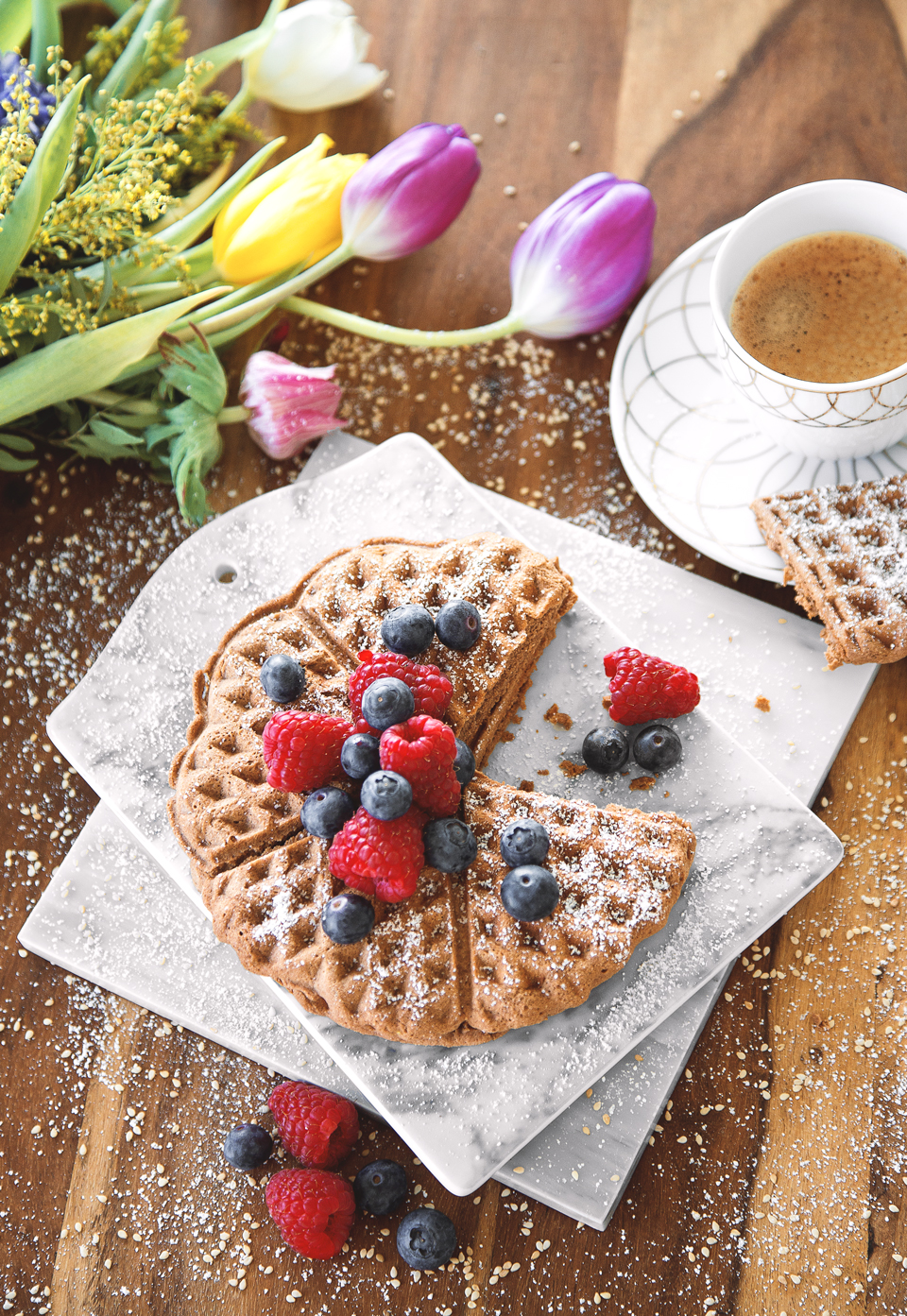low carb waffeln bea la panthere i fitness lifestyle blog aus m nchen. Black Bedroom Furniture Sets. Home Design Ideas